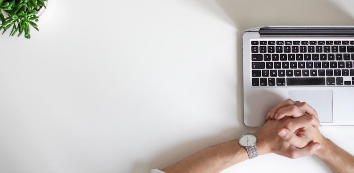 10 استارتاپ موفق با طراحی سایت تاثیرگذار